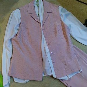 Josephine Chaus pink vest embroidered